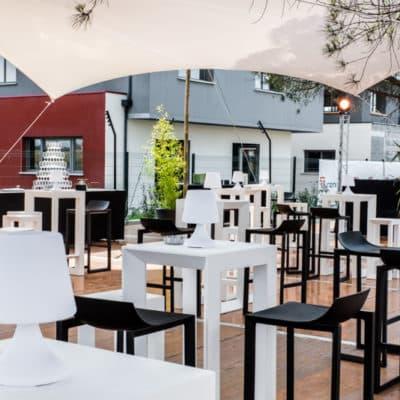 Location de tables cocktails pour réception Toulouse - Table Frame Tunzini